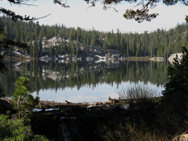 Round Lake backpacking is worth the short but steep hike into Meiss Country Roadless Area out of the Lake Tahoe Basin.